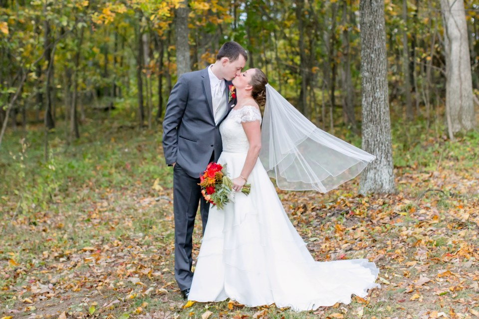 5a-harves-house-at-lost-creek-fall-wedding-leesburg-virginia-adam-melissa-153