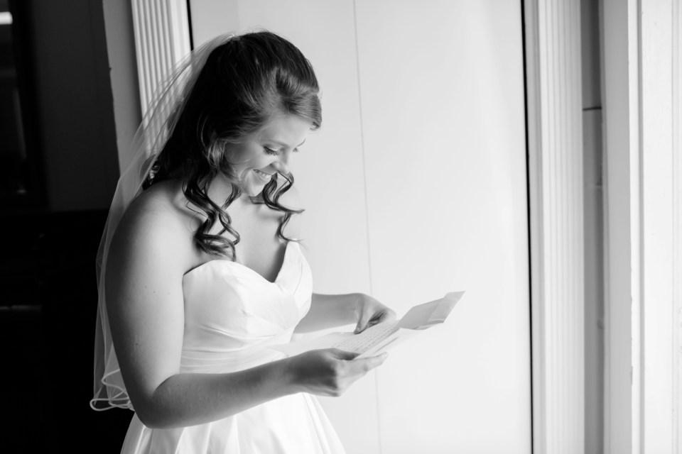 15-a-inn-at-the-olde-silk-mill-wedding-fall-ashlee-stephen-carley-rehberg-photography-1033