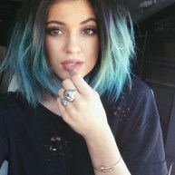 we-love-kylie-jenners-pretty-turquoise-dip-dyed-bob