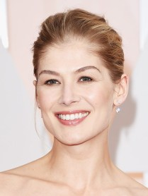 Rosamund- Pike-oscars-2015-academy-awards2