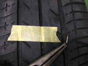 タイヤパンク釘