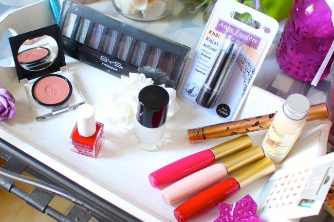 betrousse_makeup_touch