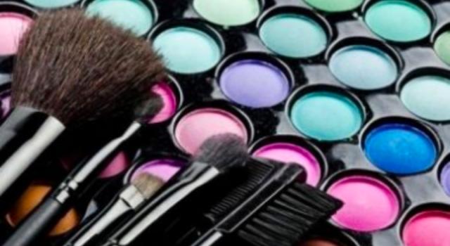 Top 5 des meilleurs produits de maquillage de tous les temps