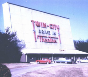 Twin City drive-in photo from 1952