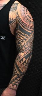 polynesian-tribal-tattoo-carlos-aus-tokio-2017a