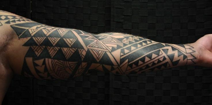 polynesian-tribal-tattoo-carlos-aus-tokio-2017d