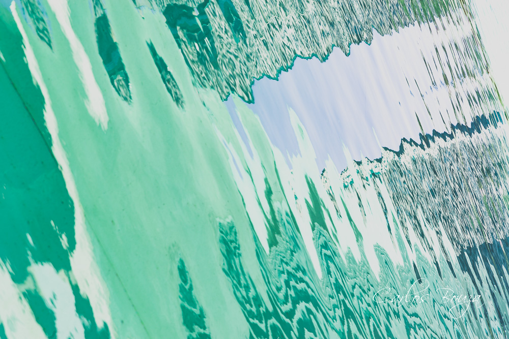 Distorsiones en verde y blanco