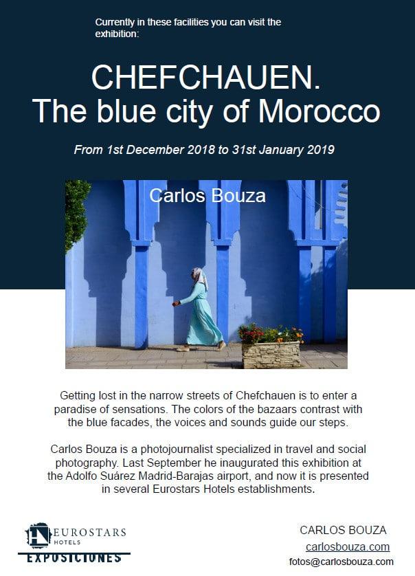 Cartel de la exposición de fotografía Chechauen. La ciudad azul de Marruecos en Oporto
