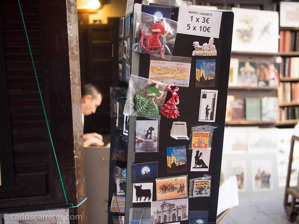 Librería en la cuesta de San Ginés.