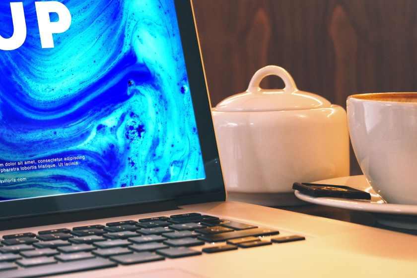 Macbook Pro Retina 15 Mockup 04
