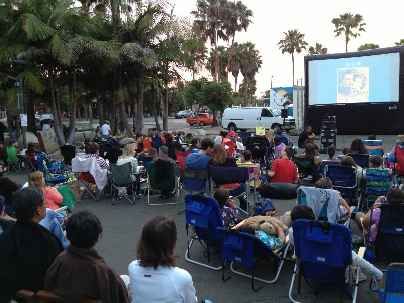 2015 Carlsbad Free Summer Flicks at the Fountain
