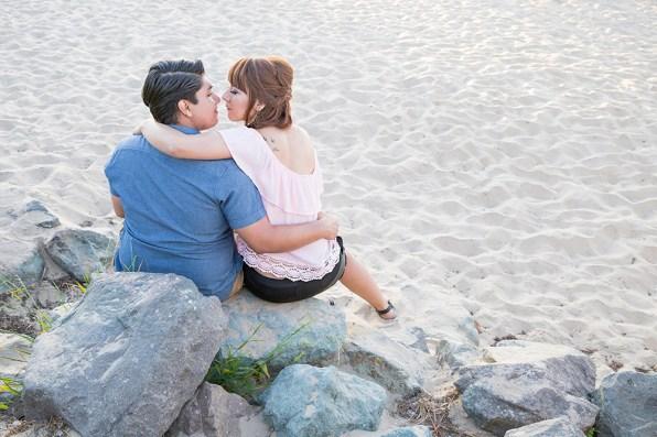 Engagement-Photosession-Engaged-Couple-Coronado-Island-Centennial-Park-SanDiego-Wedding-Photographer_10