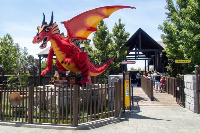 Cautions about Knight's Tournament ride in LEGOLAND California Carltonaut's Travel Tips