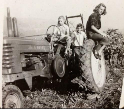 old-time-farm-photo-2.jpg