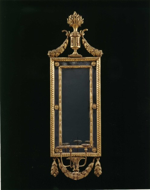 9235 Mirror w Sconce email