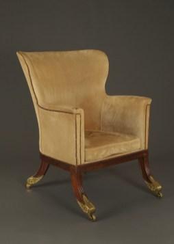 9137 armchair WEB
