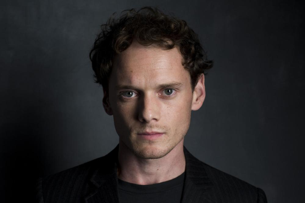 anton-yelchin-sexy-wallpapers