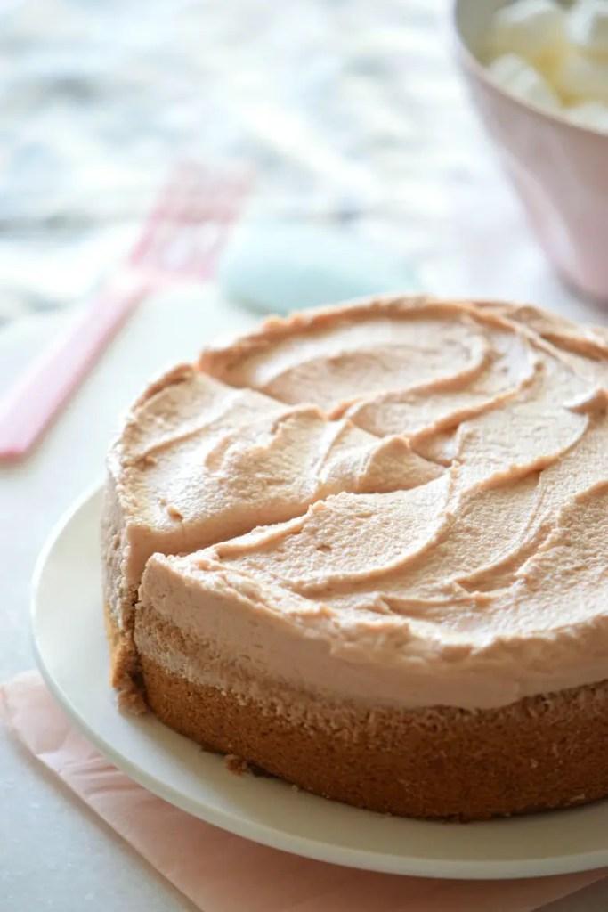 The best ever VEGAN CHOCOLATE CAKE in the whole world!! | carmelapop.com