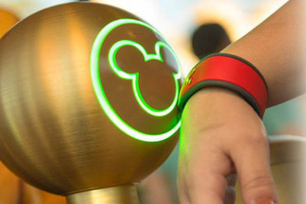 Image of Wrist Scanner - Walt Disney MagicBands