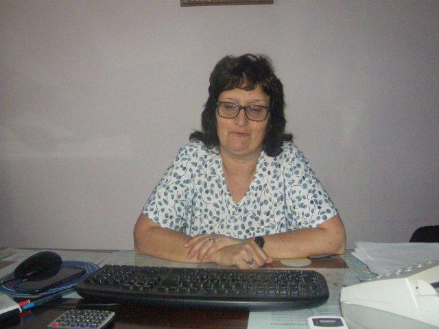 """Directora de Liceo de Ombúes de Lavalle Ruth Baridón: """"Solo el galpón tiene fibrocemento y no hubo denuncia de ... - Carmelo Portal"""