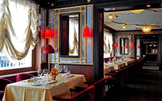 Indoor seating at Restaurant Terrazza Danieli, Venice
