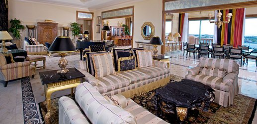 Bridge Suite Living Room , Atlantis