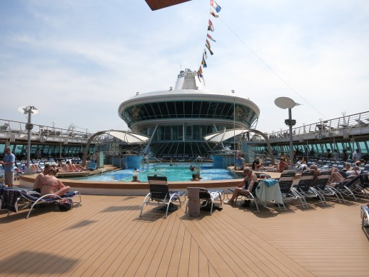 Splendour of the Seas - Pool Area