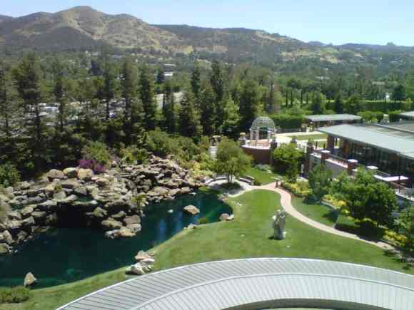 Four Seasons Hotel Westlake Village - Deluxe Room Suite Window View
