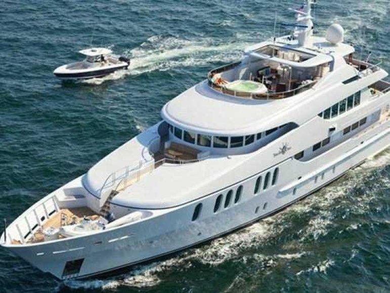 yacht-week-tuscan-sun-luxury