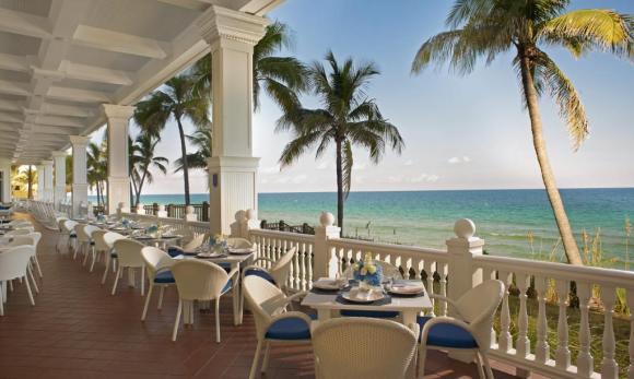 Ocean2000 outdoor dining area, Pelican Grand Resort, Fort Lauderdale