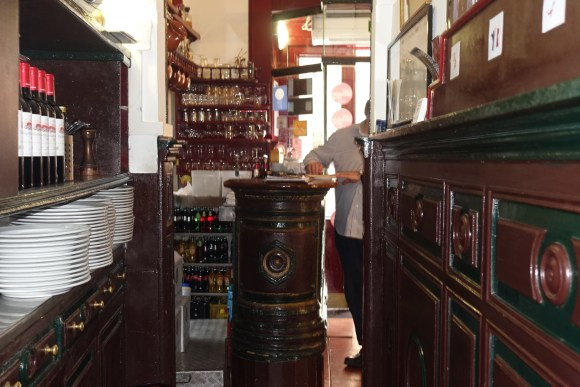 Madrid Food Tour - La Bola Tavern Restaurant