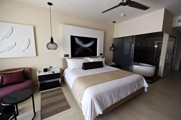 Chic Punta Cana - Luxury Junior Suite (Image: CHIC Royalton)