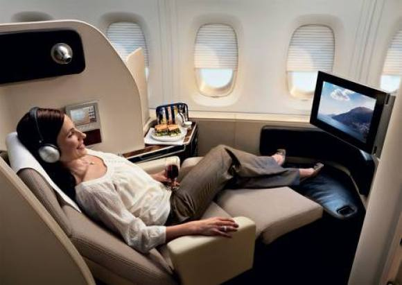 The comforts of First Class travel (Image Source: Ultimate Class Airfares)