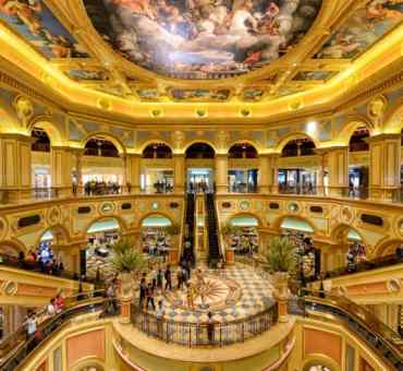 Top Five Luxurious Hotel & Casino Resorts