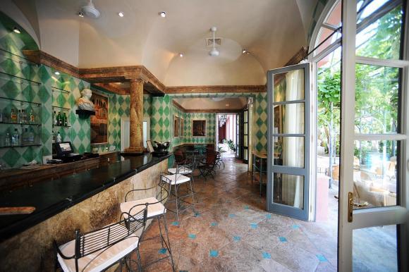 La Pergola Bar - Image by Villa Padierna Palace Hotel