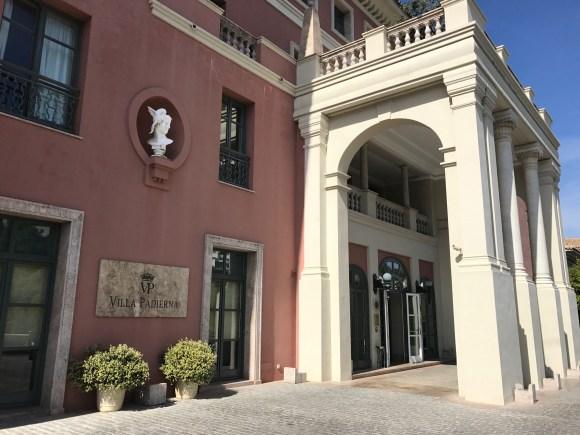 Villa Padierna Palace Hotel Entrance