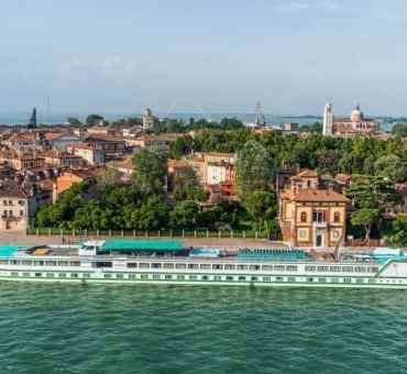 Travel Europe in Luxury by River Cruise