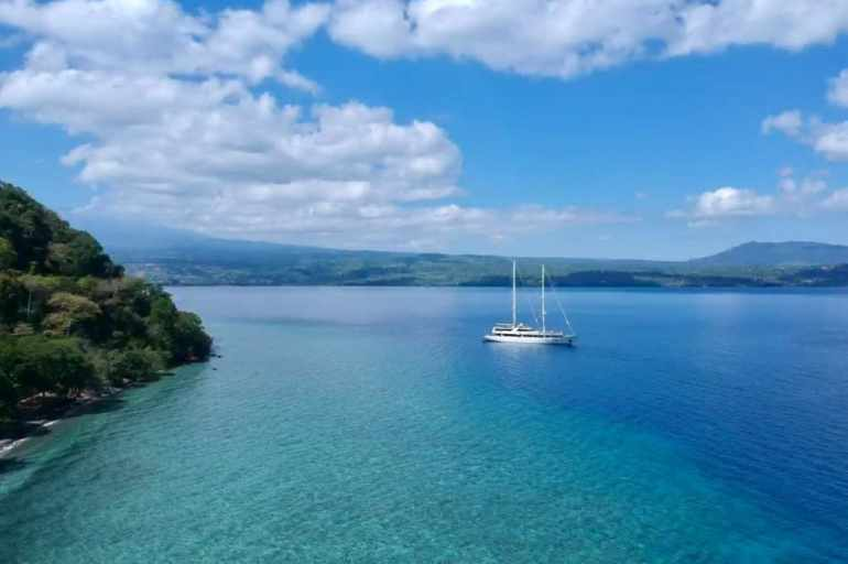 Exploring the East Indonesian Islands with Variety Cruises