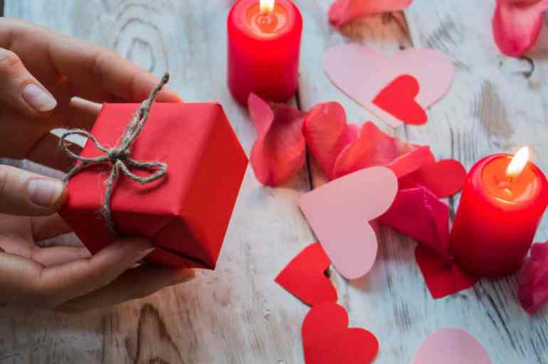 His & Her Luxury Valentine's Day Gift Guide 2021