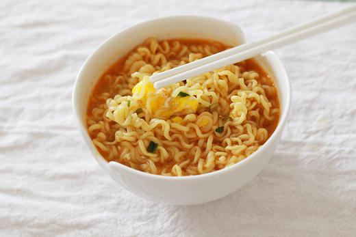 Plat le plus consommé par les coréens: Ramyeon (ramen coréen)