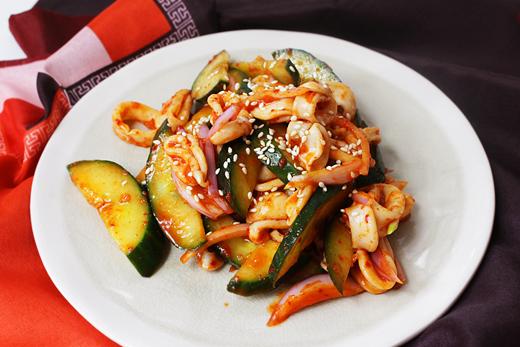 Cuisine coréenne: Ojingeo muchim