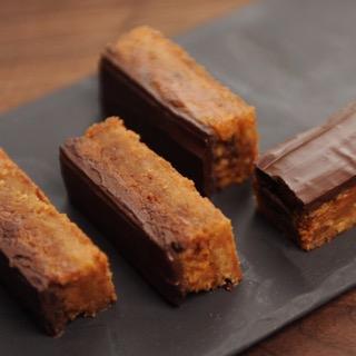 Les Barres Choco Caramel de chez Délices et Gourmandises