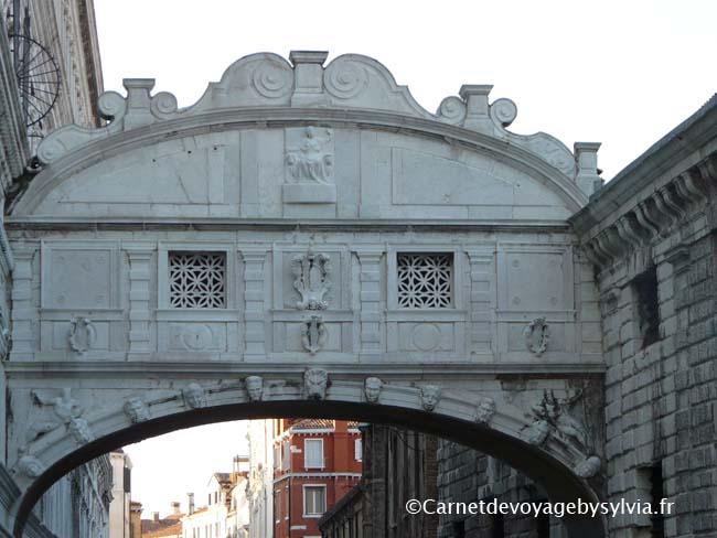 pont des soupirs - visiter le palais des Doges