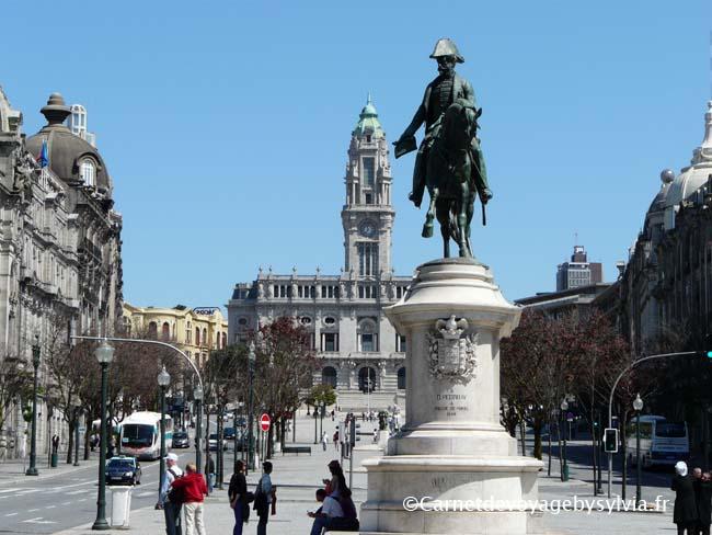 Visiter l'estação São Bento & praça da Liberdade à Porto