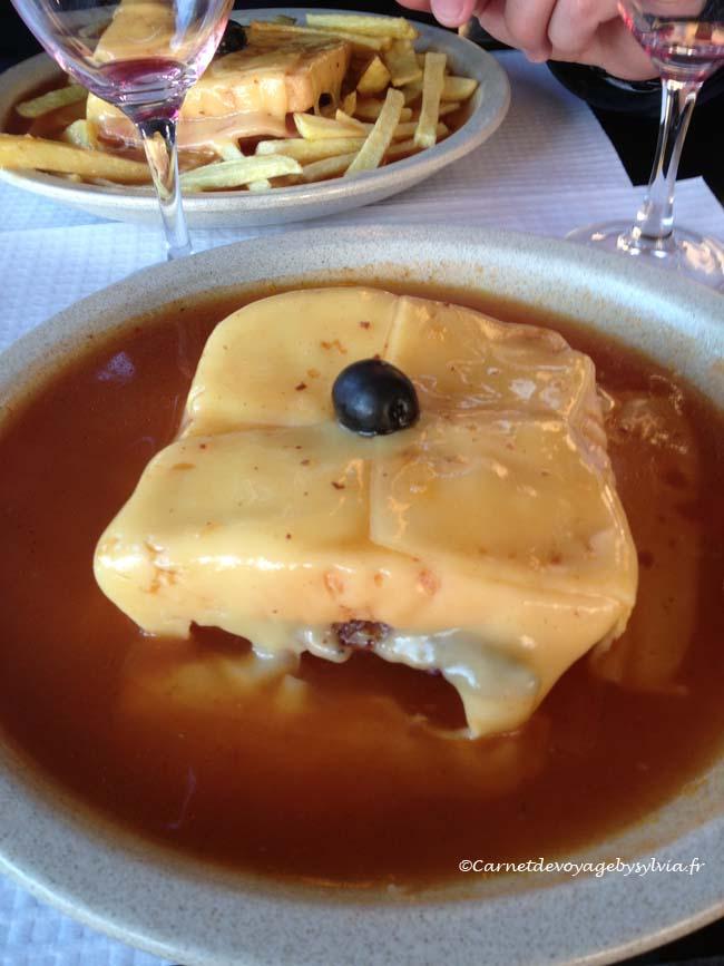 plat portugais-Francesinha-Porto