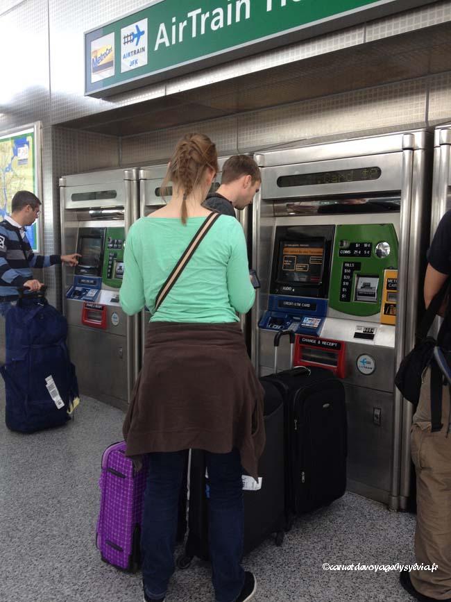 prendre les tickets airtrain