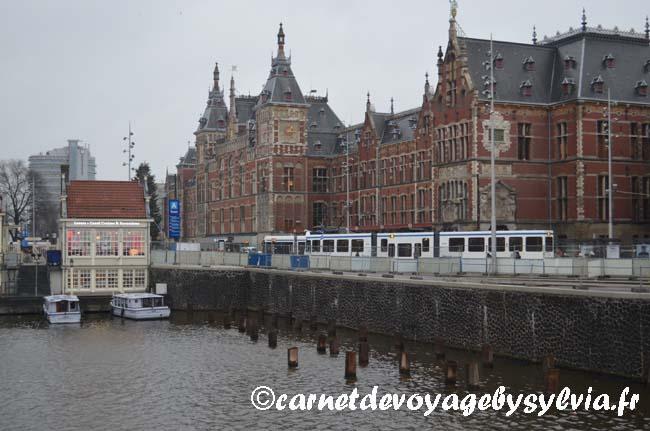 près de la gare d'Amsterdam