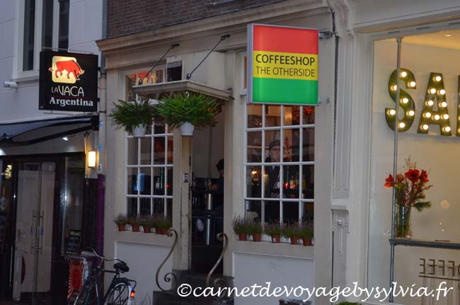 Amsterdam (coffeshop the otherside)