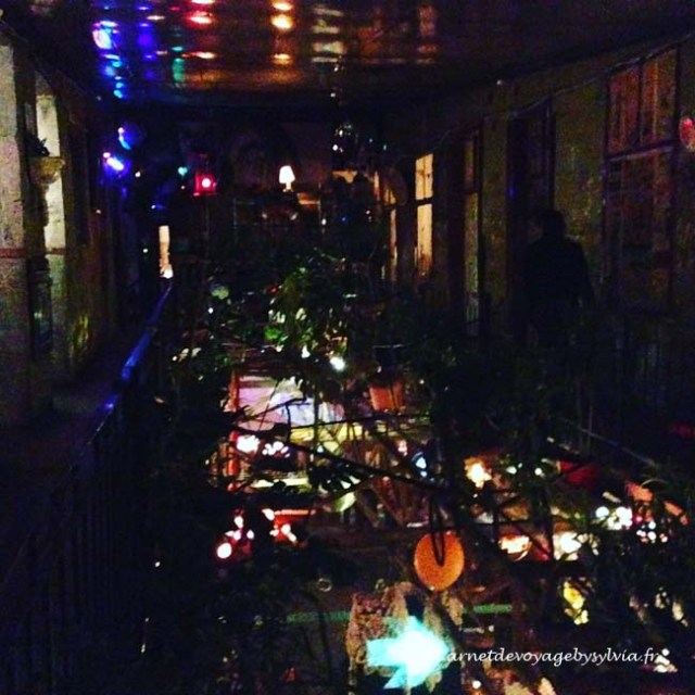 ruine-bar-budapest-3