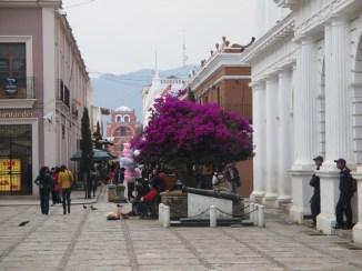 Arche del Carmen depuis le Palais du Gouvernement